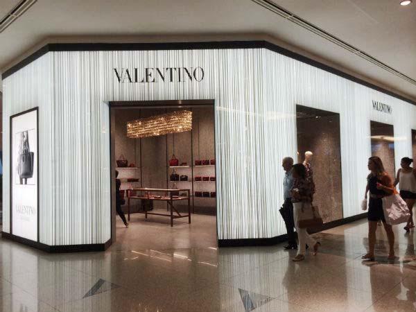 Valentino Shopping Riomar